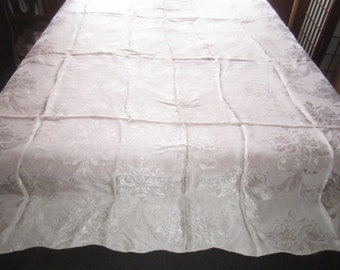 Vintage 1930s/40s Beautiful Ivory Satin Rayon Damask 85x89 Scalloped Bedspread