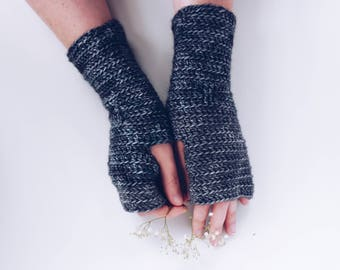 Fingerless gloves, fingerless mittens, hand made gloves, ladies mittens, boho fingerless gloves, gift for her, wrist warmers
