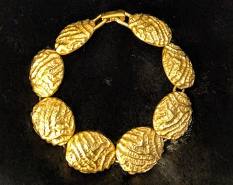 Vintage Articulated Bracelet in Bright Gold Tone