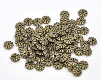 10 pearls 7mm bronze spacer flowers