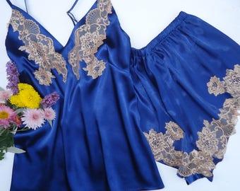 Satin pyjama sets,wedding lingerie,pink lingerie,bridal lingerie,silk pyjama set