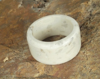 Corian Ring  - Winter Wheat - US RING SIZES  6 or 8