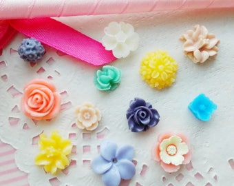 20pcs 8mm to 20mm Assorted Mini Flower Cabochon Rose Dahlias Peonies Flat Back ~ D1-19