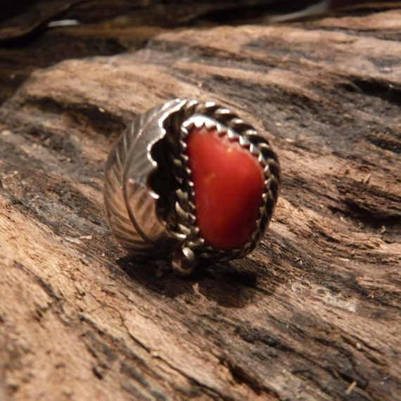 Navajo Vintage Native American Coral Ring Weight 5.5 grams Size 5 Coral Inlay Sterling Silver Ring  Native American Rings Vintage Coral Ring