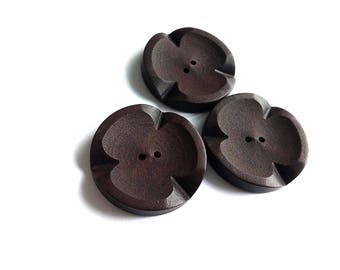 Big brown Plastic Sewing Button - set of 3 Vintage sewing buttons 34mm