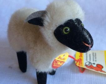 Steiff Ram,Stuffed Ram,Steiff,Plush Ram,Stuffed Lamb,Stuff Sheep,Plush Sheep,Plush Lamb,Lamb Toy,Ram Toy,Sheep Toy,Steiff Lamb,Steiff Sheep