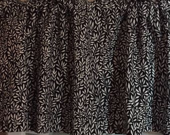 Black and White Tiny Leaves Valance ~ 64 Inches Wide