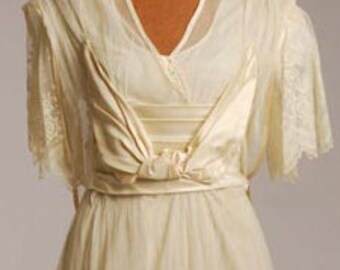 Original Teens Era Wedding/Gown w/ elaborate pannier effect ,Cream Silk Net  Size 6 - item #183, Wedding Apparel