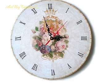 "Royal Roses Shabby Chic Decoupage Handmade Wall Clock on vinyl record Antique Style home decor craquelure ornament 12,5 "" (30 cm)"