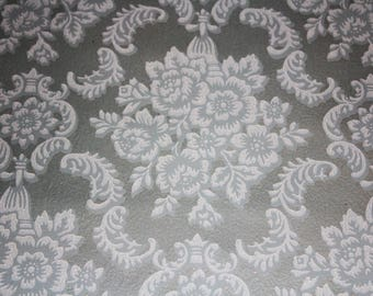Vintage Wallpaper Roll Silver Gray White Roses Damask 1940s