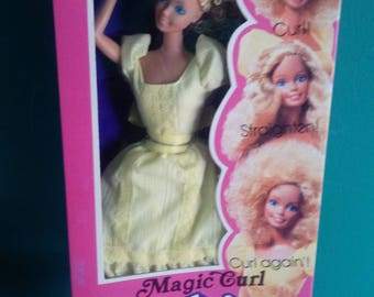 Mattel Magic Curl Barbie Doll Vintage 1980's Doll