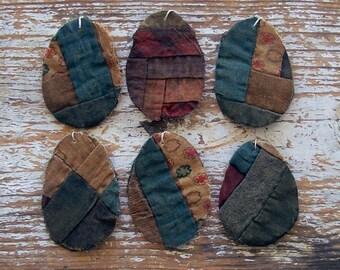 6 Primitive Egg Ornaments, Tattered Eggs, Civil War Era Log Cabin Quilt, Rustic Farmhouse, Tattered Egg Ornaments, Farmhouse Decor, Brown