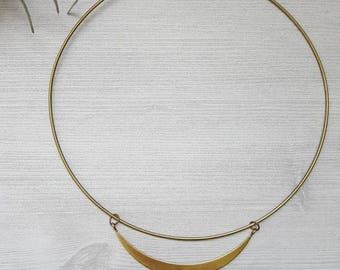 Metal Choker Minimalist Choker Geometric Jewelry Geometric Necklace Triangle Choker Necklace Boho Chic Necklace Statement Choker Brass
