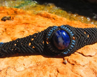 Sodalite macrame bracelet, jewerly bracelet