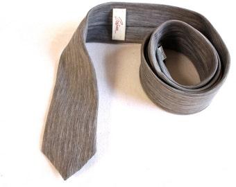 Vintage 1950s Gray very skinny Sabrina necktie