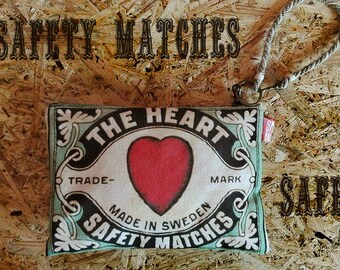 Valentine's gift Perfect Christmas giftSafety Matches bag pochette pouch Vintage The Heart