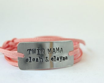 CUSTOM twin mama bracelet, hand stamped, twin mom, christms gift, twins, gift for mom, mother's day, new mom, mom bracelet, mommy jewelry