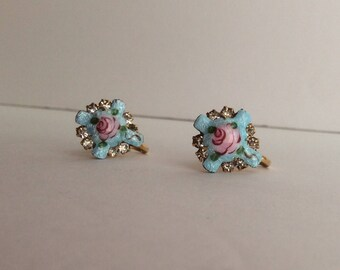 Beautiful Vintage Guilloche Enamel & Rhinestone Cross Screwback Earrings Pink Roses