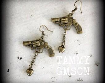 Heart earrings Gun earrings Pistol earrings Tattoo earrings Dangle earrings Pierced ears Stretched lobes Tapers Plugs Tunnels Gauges 2g 0g