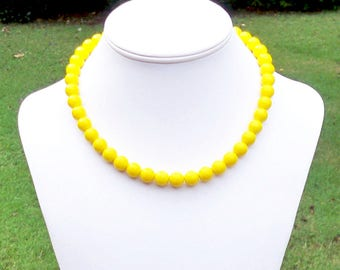 Simple Yellow Necklace 10mm Yellow Bead Necklace Sunny Yellow Necklace Yellow Czech Glass Bead Necklace Bright Yellow Necklace Yellow Beaded