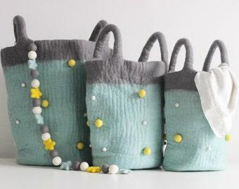 Pom pom storage bags, Felt ball storage bag, Toy box, Kids room decor, Felt basket, Eco-friendly gift, baby shower gift, Duckegg & Grey bag