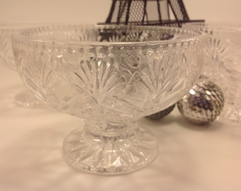 set of 4 vintage heavy clear cut crystal footed dessert berry bowls stylized flower and star design