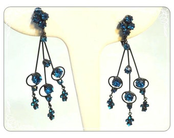 Victorian Dangling Blue Rhinestone Black Japanned Clip on Earrings - E109a-030813010