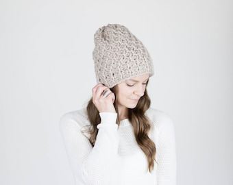 Slouchy Hat Textured Winter Hat / THE HOLOCENE / Linen