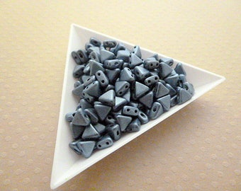 10 grams of beads showcases Kheops® by Puca® 6mm. Mr. Blue - PR35 1249