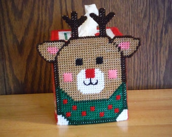 Needlepoint Reindeer Tissue Box Holder // Plastic Canvas Christmas Decor // Needlework Deer // Holiday Decor // Christmas Tissue Cover