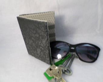 Wallet Interior, black gray dot pattern