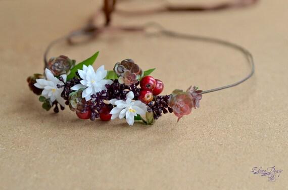 Saftiges Haar Kranz Blume Krone Rot Lila Beeren Halo Wald