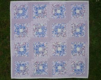Moody Blue little 'Log Cabin' quilt