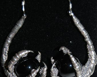 Silver Raven Claw Earrings with Black Onyx, crow claw earrings, dragon claw earrings, bird claw, crow earrings, bird earrings, claw earrings