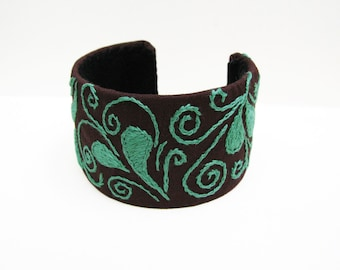 Mint Green Cuff, Embroidery on Brown Cotton, Tribal Design Cuff, Mint Green Bangle, Mehndi Style Embroidery