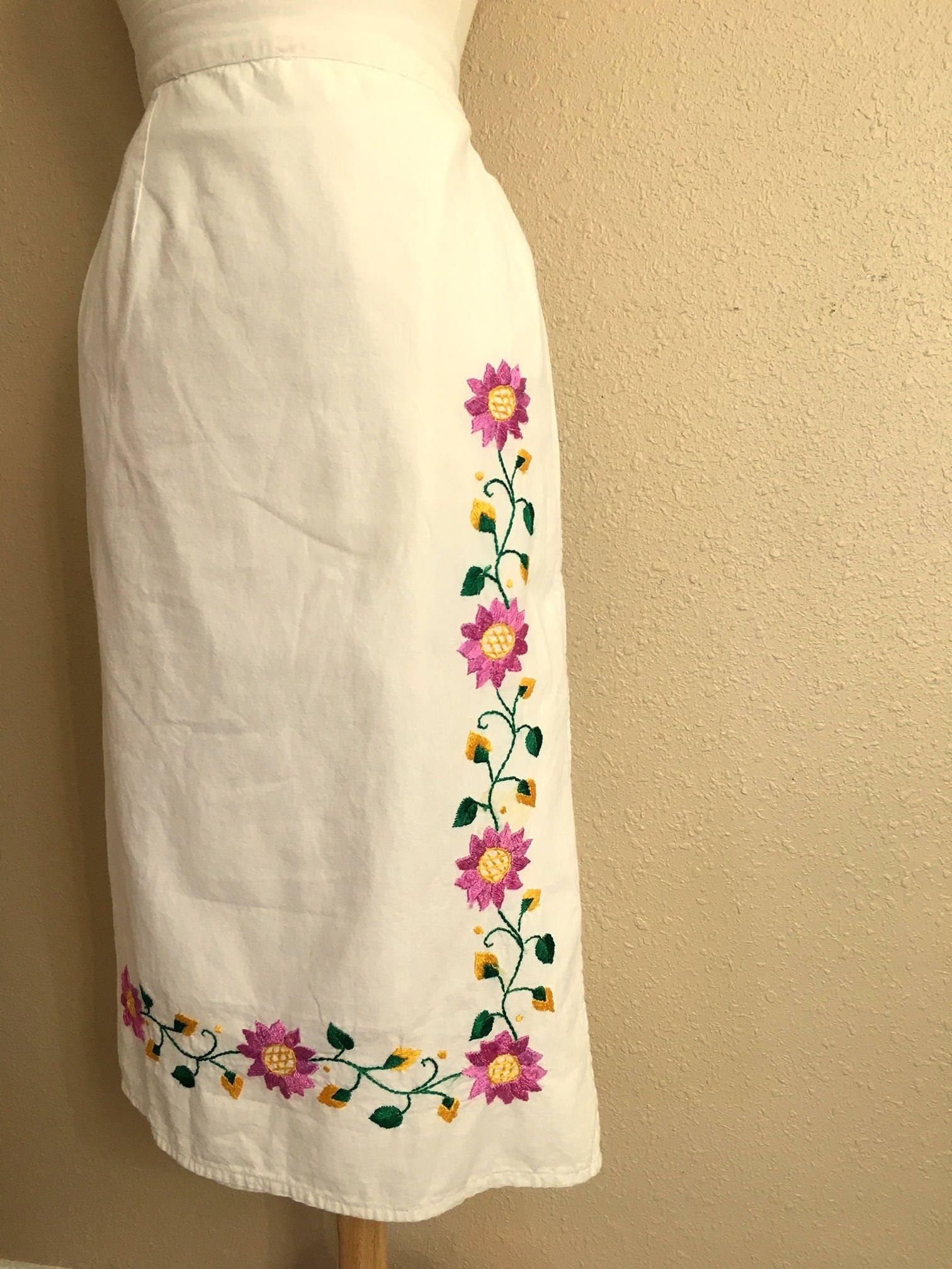Vente de jupe Vintage blanc et rose brodé Floral Wrap jupe   5e07be70895d