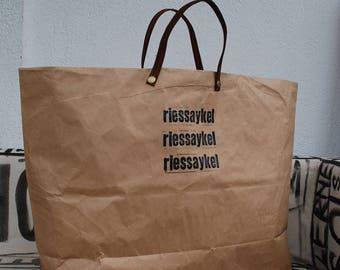 Sac en papier II upcycling papier pour la collecte de papier de recyclage - durable avec vieux vintage ceinture de cuir
