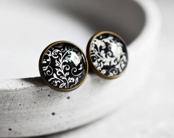 Oriental Wallpapers Ear studs (VINOHR-38)