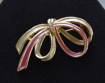 Pretty Vintage Pink Enamel, Rhinestone Bow Brooch, Gold tone