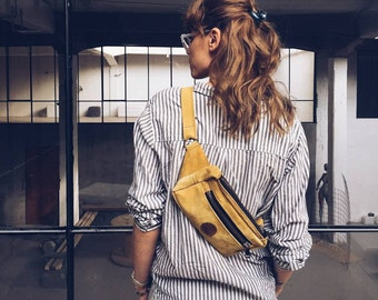Yellow leather fanny pack • Leather waist bag