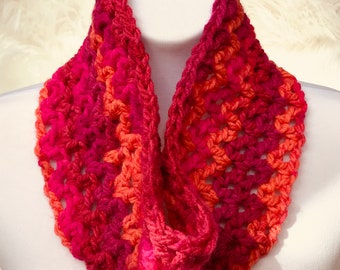 Hot Pinks and Reds Infinity Scarf, cowl, loop scarf, circle scarf, eternity scarf, crochet infinity scarf, knit cowl