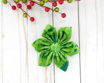 Green Dog Collar Flower, Green Dog Bow, Green Cat Bow, Green Christmas Bow, Christmas Dog Bow, Christmas Cat Bow Tie, Festive Bow Tie