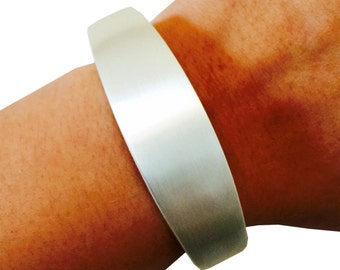 SALE! TORY Bracelet for Fitbit Flex or Flex 2 Trackers -As seen in Glamour - Protect and Enhance your Fitbit - 4 Sizes/5 Colors - Ships FREE