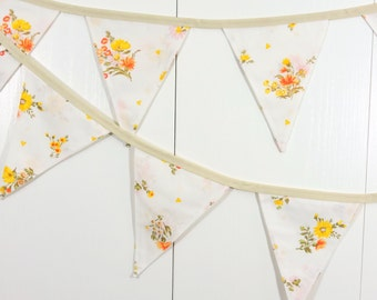Country Cottage Flower Bunting Flags / Baby Bunting Flags / Flower Pennant Flags