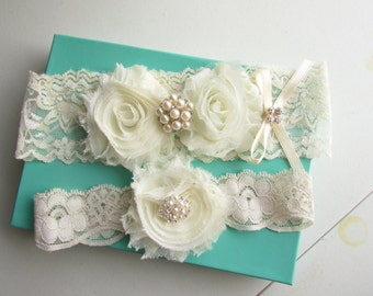 SALE Bridal Ivory Garter Set , Pearls and with Rhinestones Accent - Shabby Chic Wedding, Wedding Garter Set with Toss Garter