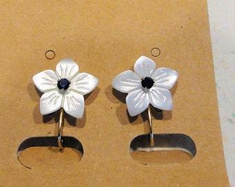 Krementz Gold Filled Screw Back Earrings Mother of Pearl Rhinestone Flower Costume Jewelry