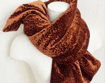 Knot scarf/Stole