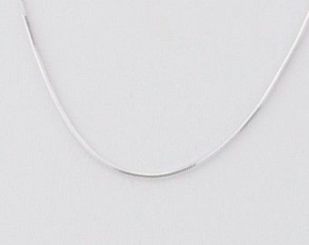 14k White Gold Snake Chain/Necklace 20'' Long 1 mm 3.8 Grams