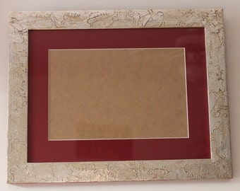 Frame, mirror for child motives insects, animals