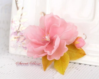 Barrette with sakura (cherry blossoms) Wedding accessories Image of bride Wedding hair Summer gift August finds